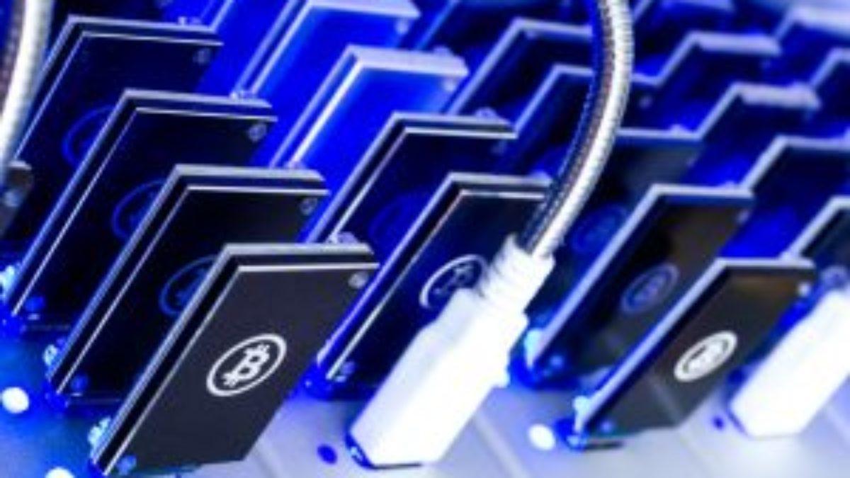 Mining criptovalute e Bitcoin: cos'è, come farlo (cloud e non) e guadagni